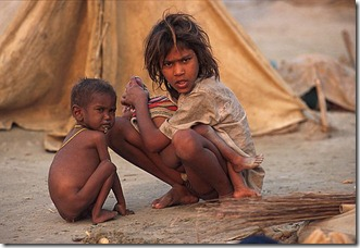starving-kids-india-child-poverty_thumb[2][1]